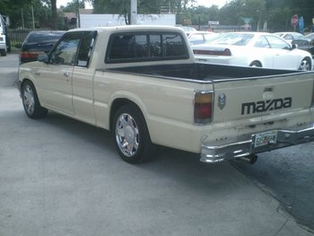 1987 mazda b2200 pick up buy mazda b2200 product on. Black Bedroom Furniture Sets. Home Design Ideas