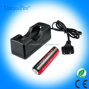 Uniquefire USA standard mini max power portable 18650battery charger