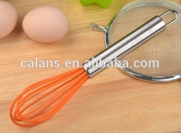 high quality stainless steel egg whisk/egg beater with silicone, kitchen tools