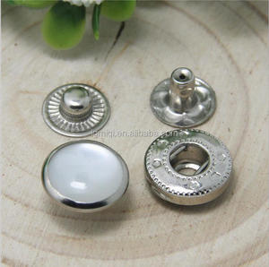 Wholesale custom metal snap button with pearl