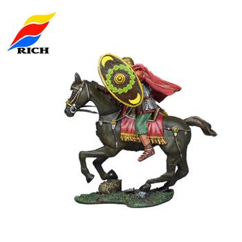 özel Yapılmış Küçük Metal Boyama Modeli Asker Atlar Ile Rakamlar