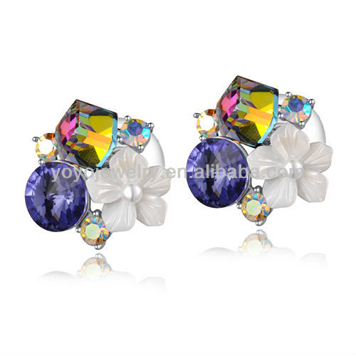 E1057 Wholesale jewelry 14 karat gold diamond earrings