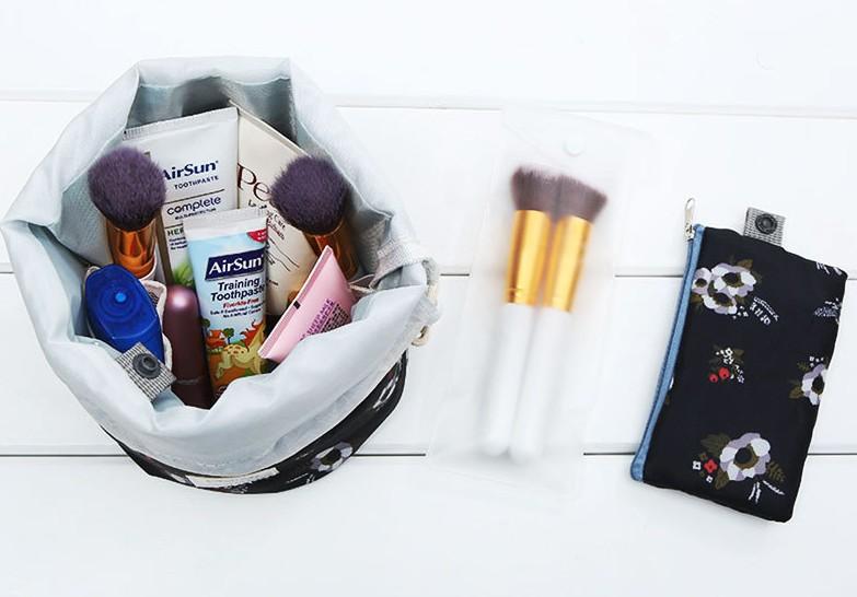 Wholesale travel string drawstring makeup storage bag, women portable fashion custom drawstring cosmetic bag with custom logo