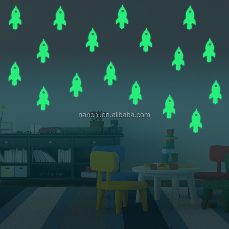 Creative Cartoon rocket Decor Home Glow In The Dark Wall Sticker Wallpaper For BedRoom Living Room Home Decoration