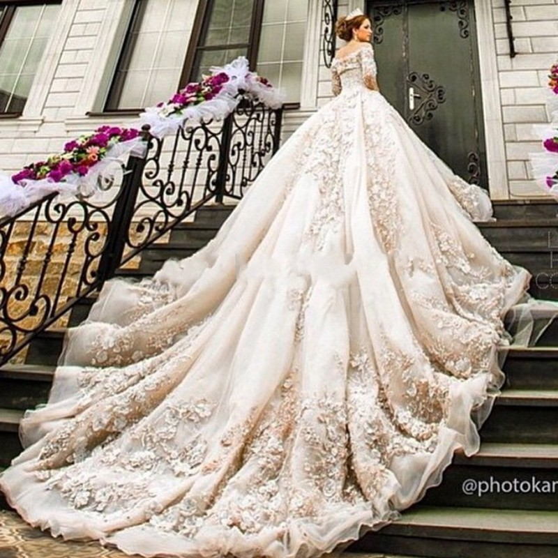 How To Make A Life Size Wedding Dress Cake