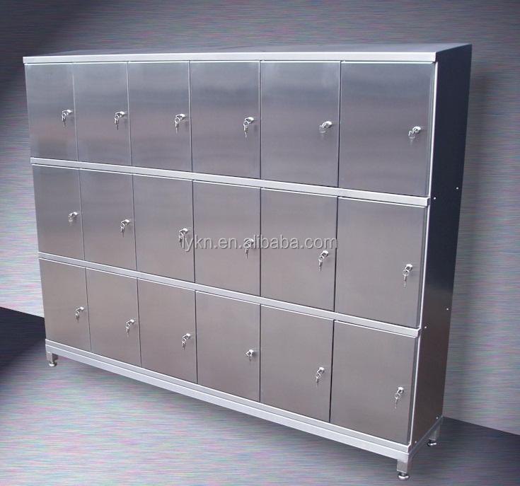 prime en acier inoxydable vintage industrielle casiers armoire autres meubles en m tal id de. Black Bedroom Furniture Sets. Home Design Ideas