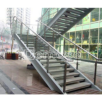 Attractive Sale Prefabricated Metal Stairs Outdoor Iron Stairs
