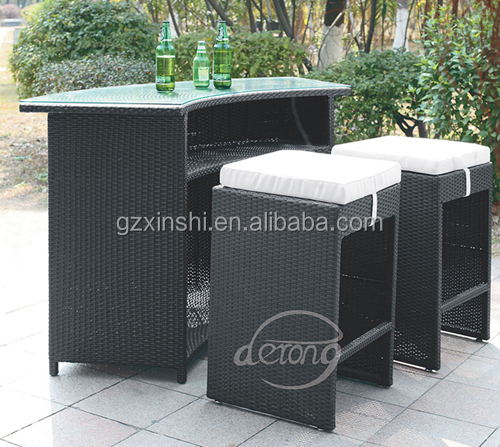 terrasse rattan au en theke tisch und st hle f r outdoor party club. Black Bedroom Furniture Sets. Home Design Ideas
