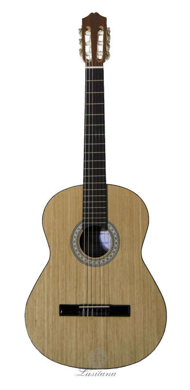 GC200 - Classical Guitar