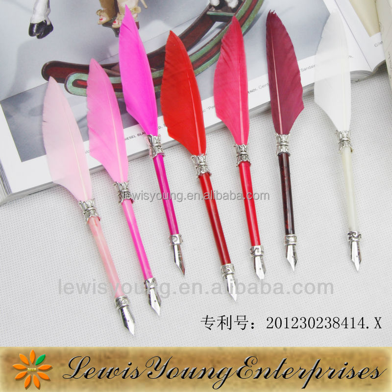 Various colors and chic feather mini dip pen