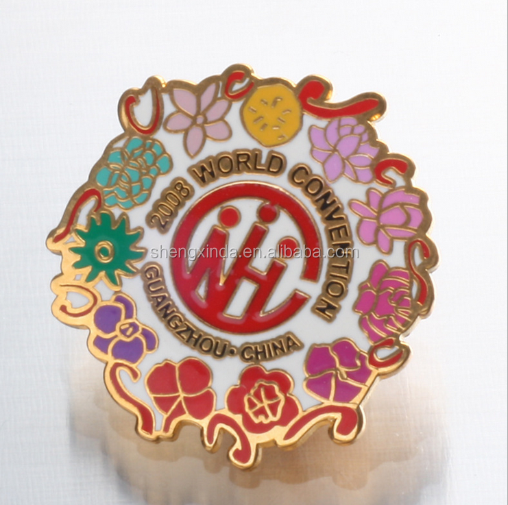 2018 world conventional flowers lapel pins for handling gift