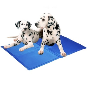 Re-useable self cooling dog cooling mat pet ice mat dog ice mat