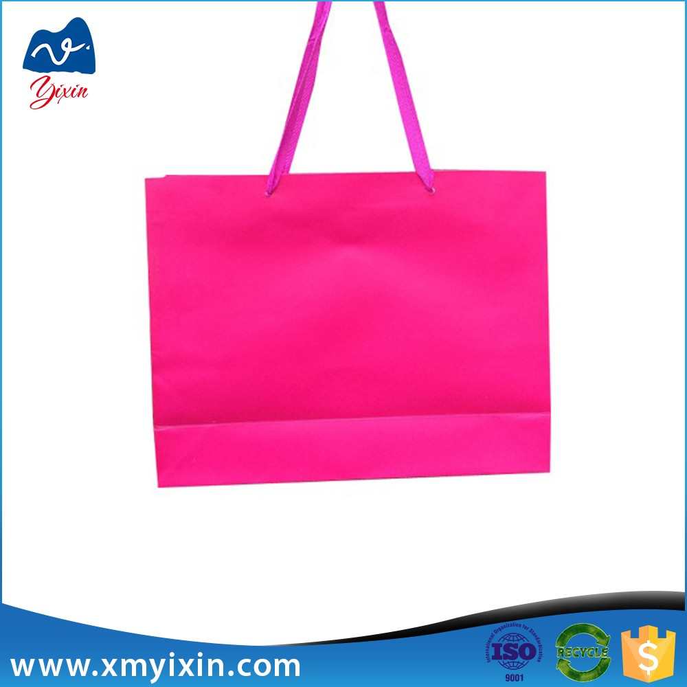 Xiamen wholesale bulk gift paper bag manufacturer