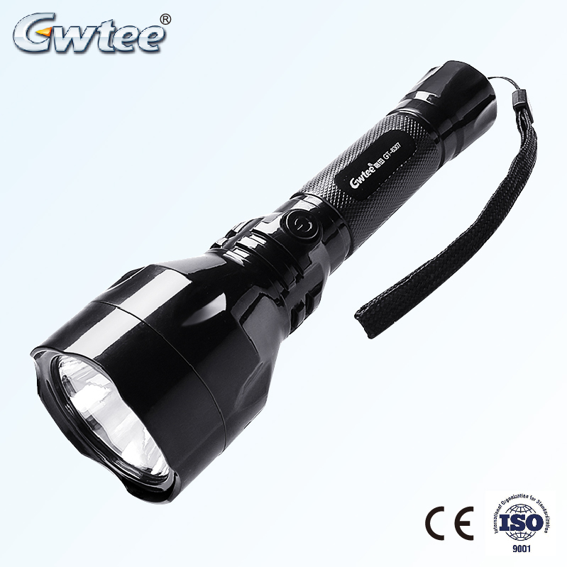 2017 Wholesale rechargeable led torch flashlight ,high quality powerful led flashlight