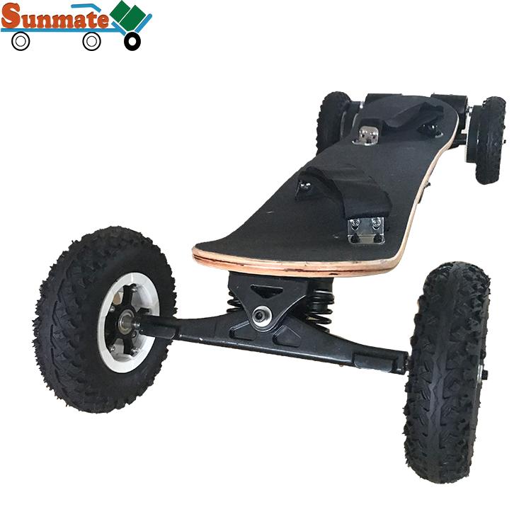 Outdoor sport new design elegant longboard 2000w dual motors electric skateboard hub motor carbon with remote control, Black