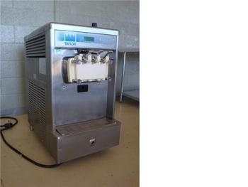 Used Soft Serve Machine