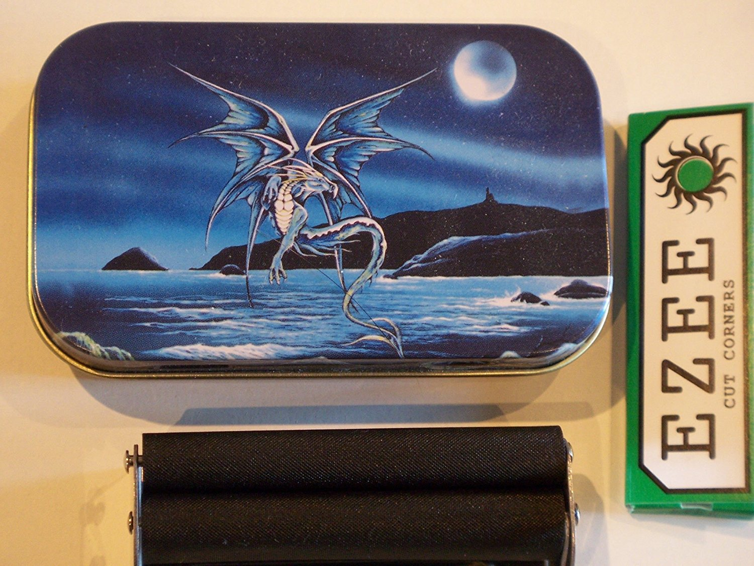 New Slim 1oz Hinged Enchanted Blue Dragon Tobacco Baccy Tin with Rolling Machine and Papers