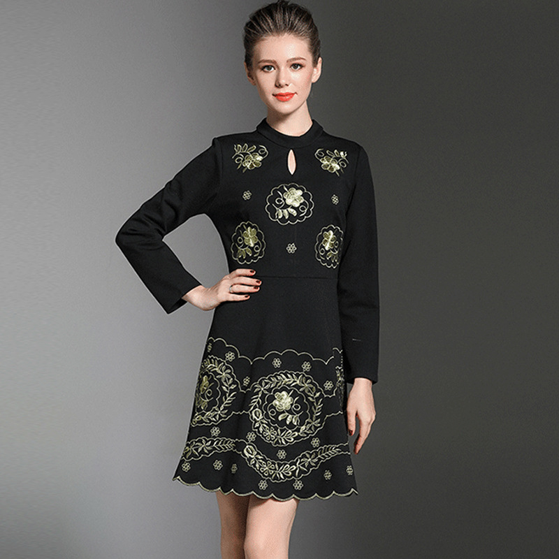 Retro Women Fashion Stand Collar Elegant Golden Hand Embroidery Dresses