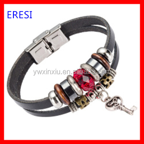 Fashion Leather Bracelet With Retro Key Charm Bracelet and Stainless Steel Clasp Bracelet For Men