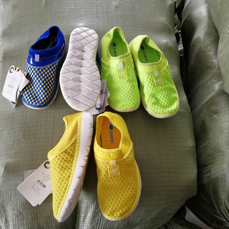 clearance stock lots EVA moulded outsole mesh upper surplus women casual shoes