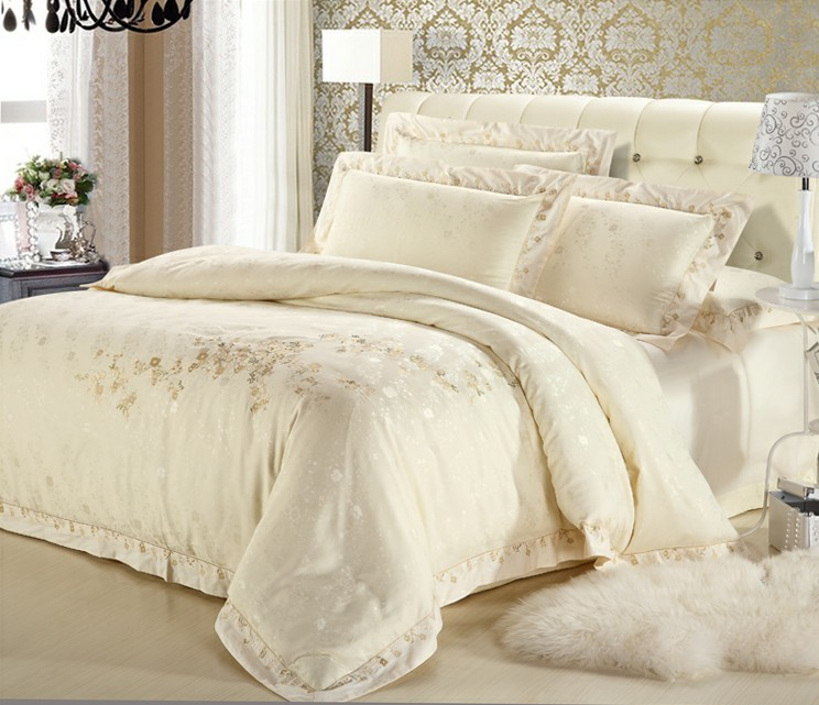 classic white silver gold silk satin bedspreads embroidered bed in a bag jacquard bedding sets. Black Bedroom Furniture Sets. Home Design Ideas