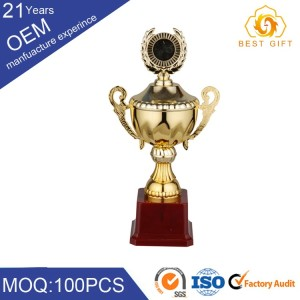2017 New design metal silver cup trophy wholesale