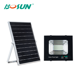 Hot sale stadium square outdoor waterproof ip66 50w 100w 150w solar led floodlight