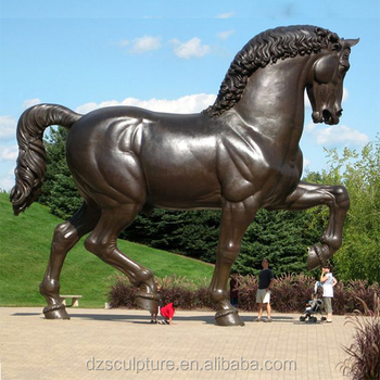 Charmant Large Garden Copper Horse Statue Take Up The Horseshoe