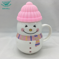 Creative design Xmas gift snowman 360ml ceramic coffee mug with silicone bottom