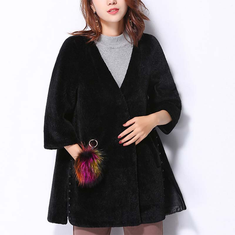 Novelty Style Eco-Friendly Autumn Fashion Clothing Nutria Fur Coat For Party