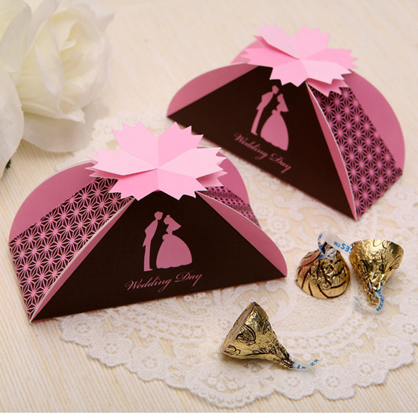 2014 romantic paper craft wedding candy boxes/wedding favors candy boxes