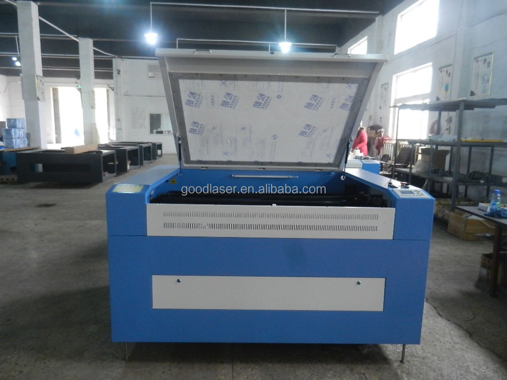 Fabric,cloth, textile, badges, embroidery label CO2 Laser cutting machine with CCD Camera 900x600mm