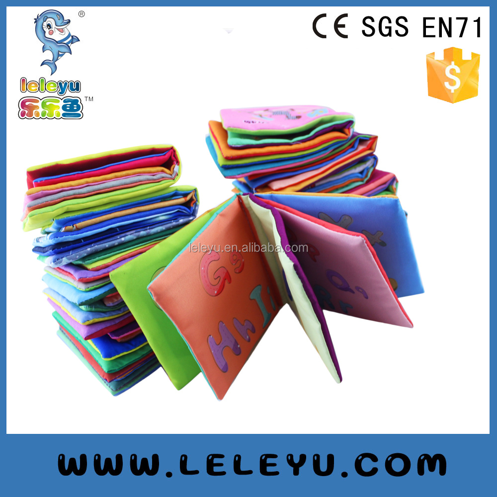 2016 Newly Cute animal design educantional learning bath cloth Fabric Book flap book for Baby