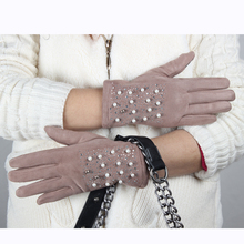 Promotion new white winter gloves soft gloves for touch screen