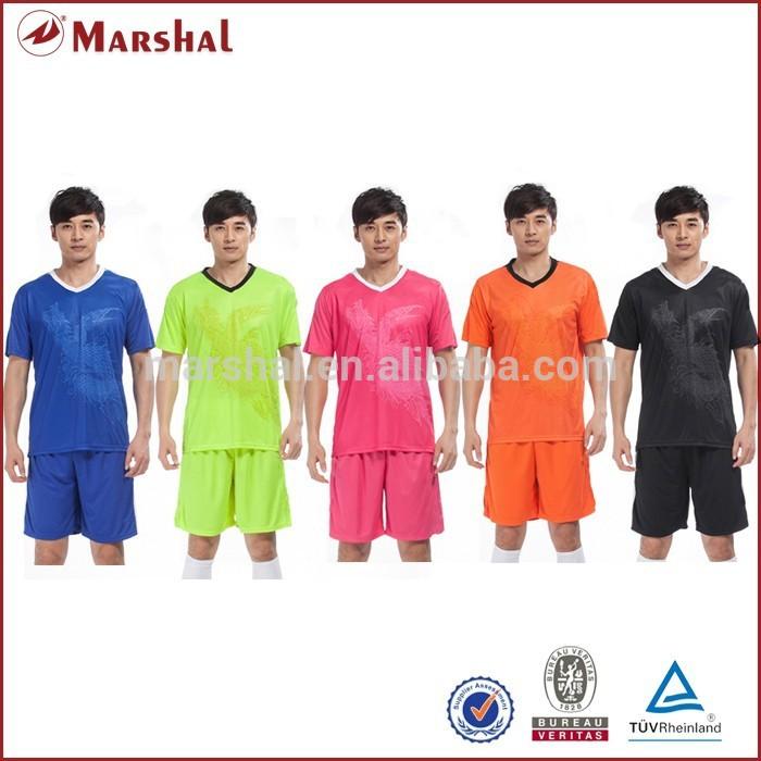 256bcd6abcdb6 Venta al por mayor hombres funcionales ropa deportiva