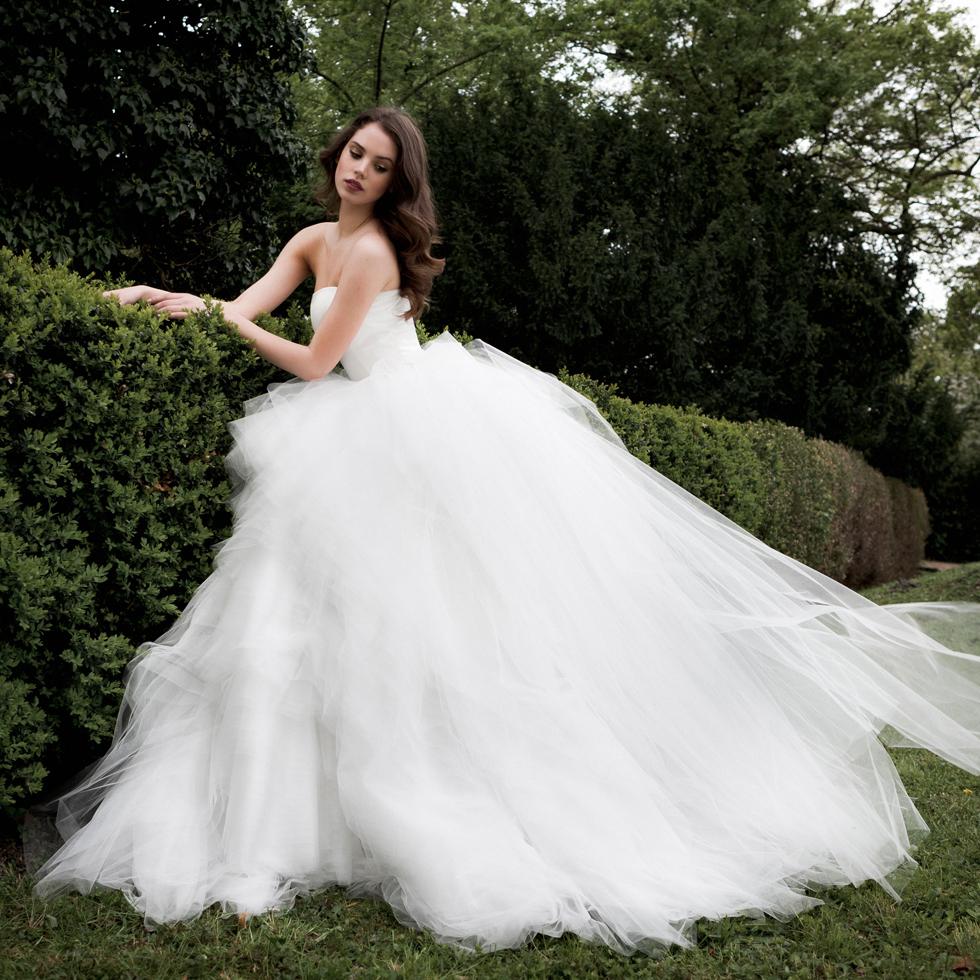 20 Elegant Simple Wedding Dresses Of 2015: Ball Gown Sleeveless Simple Sheer 2015 Bridal Widding