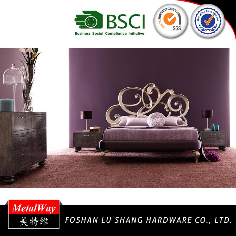 Finden Sie Hohe Qualität Metall Schüttung Bett Hersteller und Metall ...