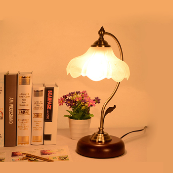 Vintage Bedside Gl Lamp Shades American Style Table With Wood Base