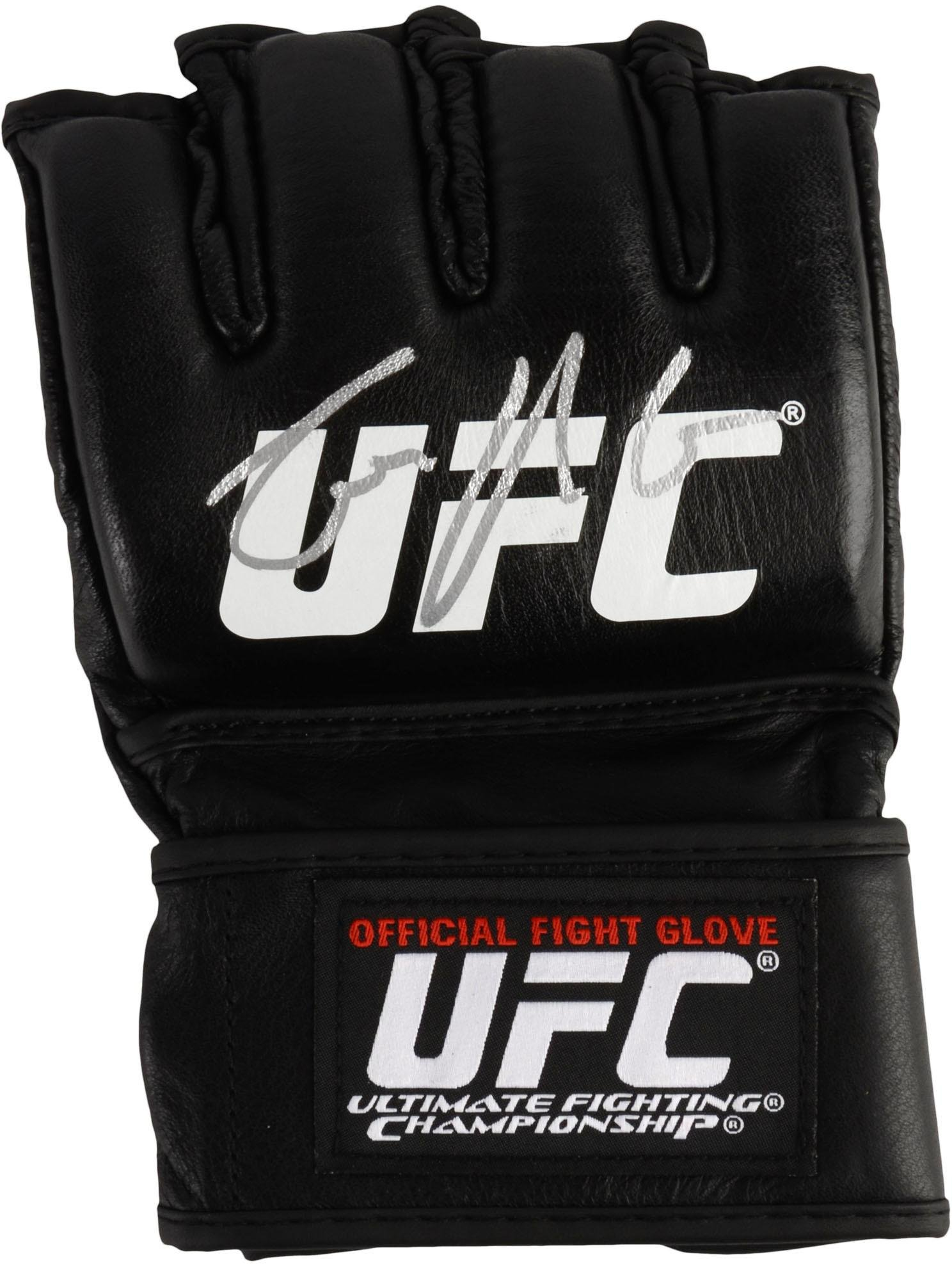 Conor McGregor Ultimate Fighting Championship Autographed Fight Model Glove  - Fanatics Authentic Certified 83ba568d6