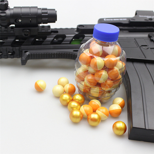 Bouncy bulk spray paint ball