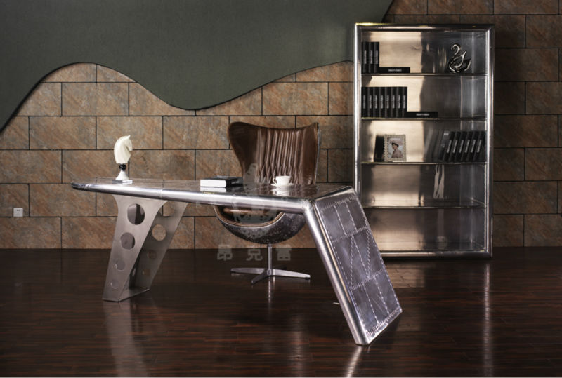 Tomcat Wing Office Desk Writing Table