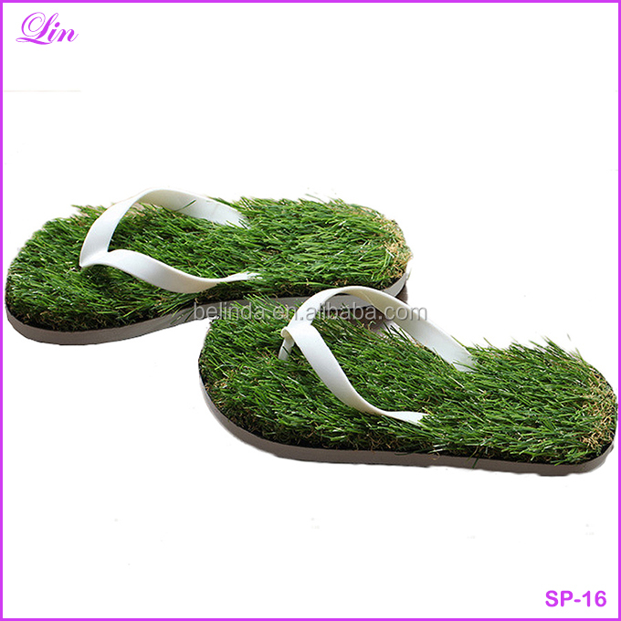 Free Shipping by DHL/FEDEX/SF Men Imitation Grass Flip Flops Summer <strong>slipper</strong>
