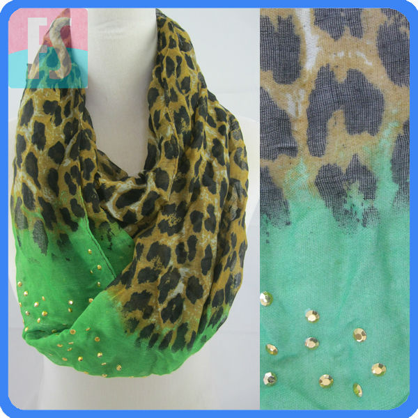 leopards printing studs scarf