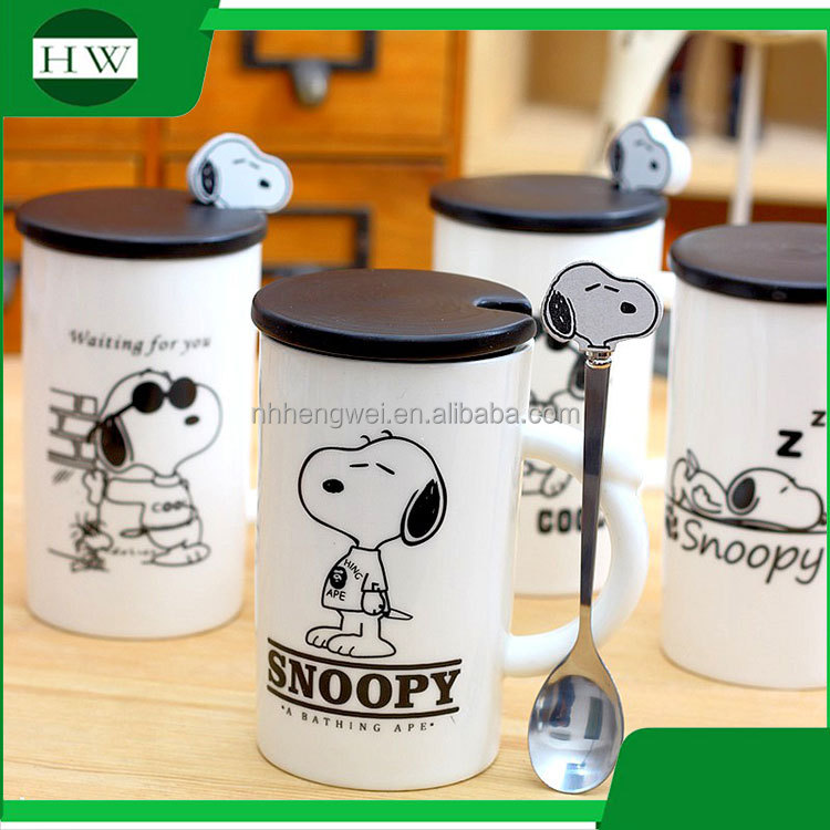 promotional gift cartoon snoopy ceramic water tea milk coffee cup mug with handle and lid and spoon