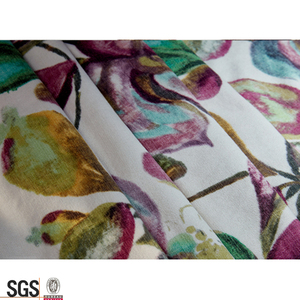 Latest Leaf Design Polyester Chintz Fabric Upholstery By the Yard