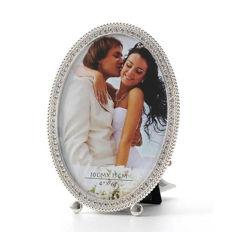 Factory hot sales crystal decoration oval wedding metal photo frame