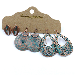Fashion Vintage Earrings Set Screw Thread and Flower Dangle Pendant for Women Prime (3 Pieces/Set)