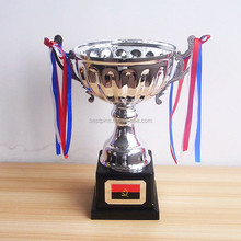 Argento Cup Trophy Award con Base In Plastica