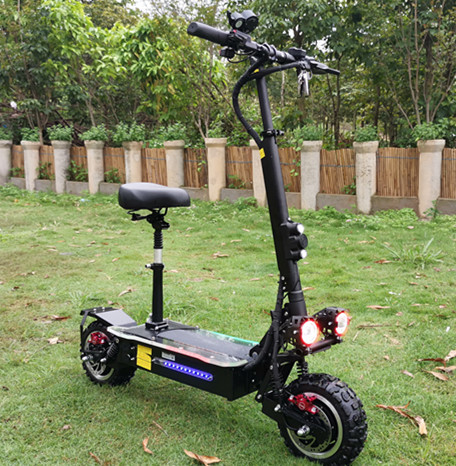 Chinese long range big powerful e scooter 11inch 3200w folding electric scooter for adult with seat, Black for big powerful electric scooter