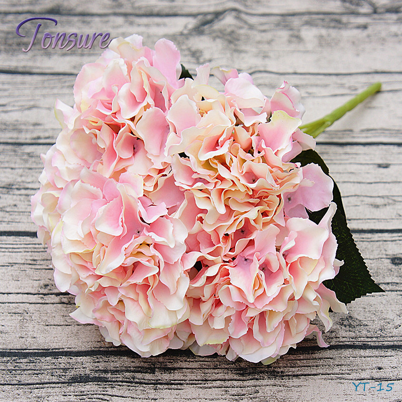 China Home Decor Wholesale Wedding Decoration 5 Bunches Plastic
